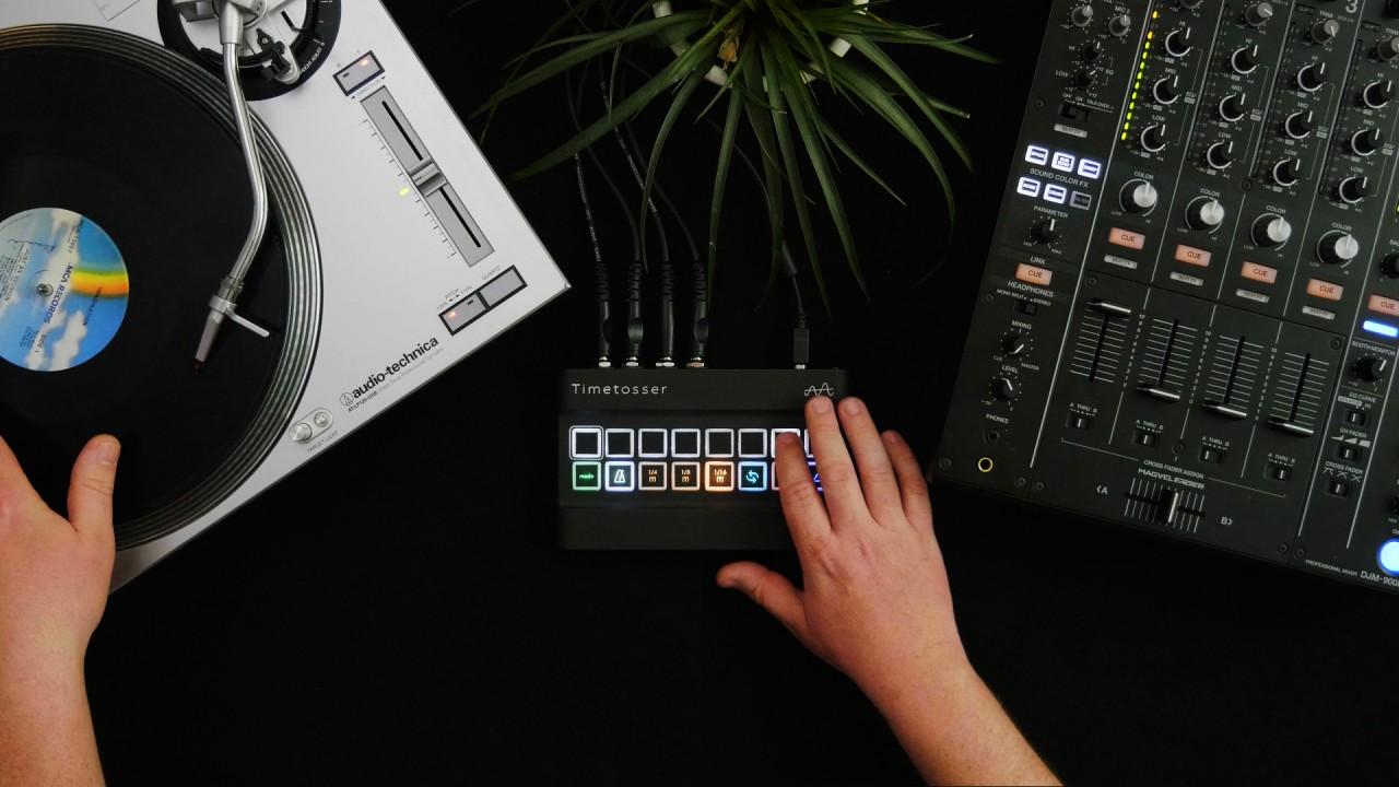DJ-hand-1